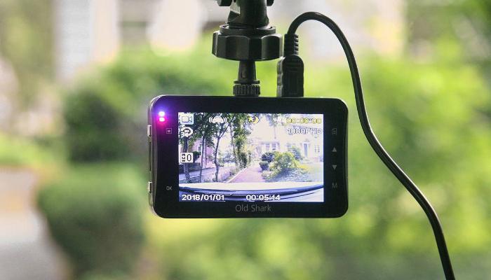 видеорегистратор с детектором для машины